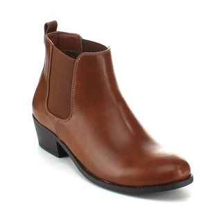 brown elastic chelsea ankle boots